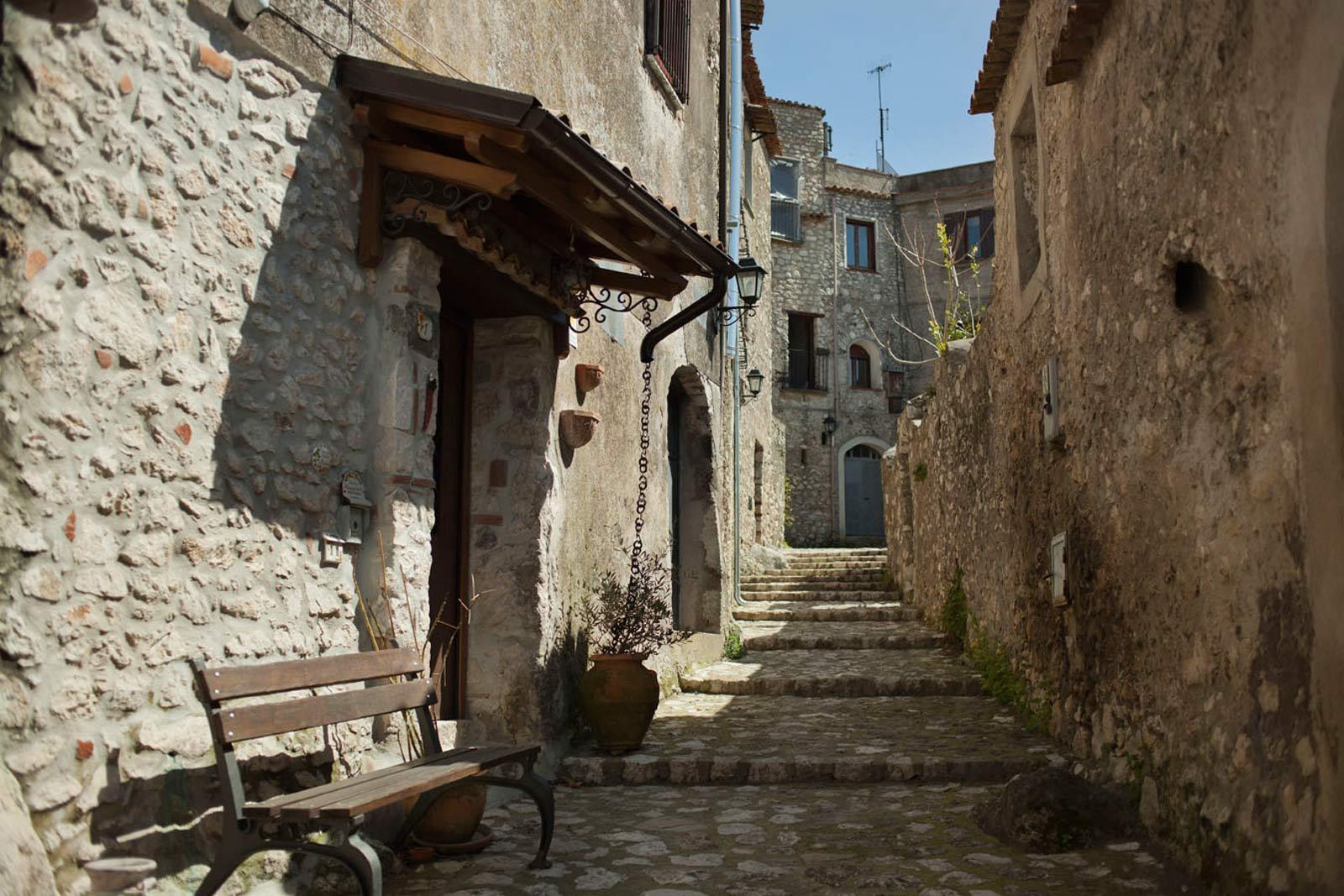 Borgo di Vairano Patenora